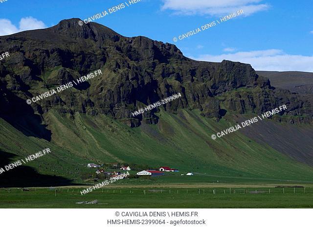 Iceland, Golden Circle, Thorvaldseyri hamlet at the foot of the Eyjafjallajokull volcano eruption of 14 April 2011