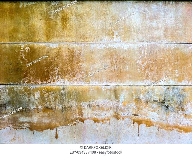 Wall color when recieve water from an artesian well or groundwater