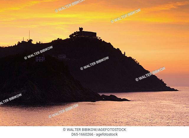 Spain, Basque Country Region, Guipuzcoa Province, San Sebastian, Monte Igueldo, sunset