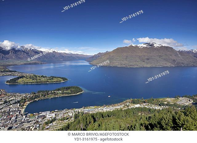 Queenstown Lake Wakatipu. Otago New Zealand