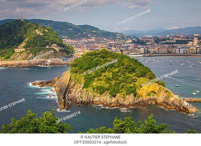 SANTA CLARA ISLAND SEEN FROM MOUNT IGUELDO, SAN SEBASTIAN, DONOSTIA, BASQUE COUNTRY, SPAIN
