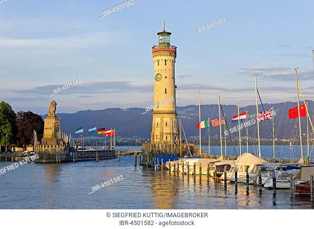 Lighthouse, harbor, Lindau, Lake Constance, Bavaria, Deutchland