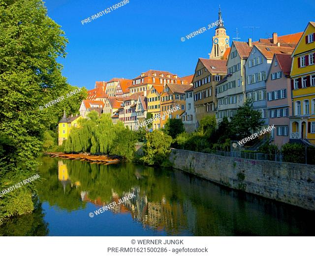 Shores of Neckar river, Hölderlinturm, Tübingen, Baden-Württemberg, Germany / Neckarufer mit Hölderlinturm, Tübingen, Baden-Württemberg, Deutschland
