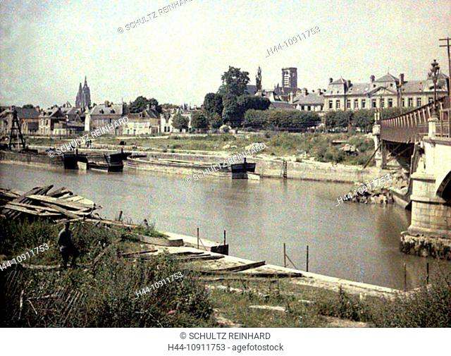 War, Europe, world war I, 1917, Europe, world war, color photo, Autochrome, F. Cuville, western front, department Aisne, France, Soissons, river, flow