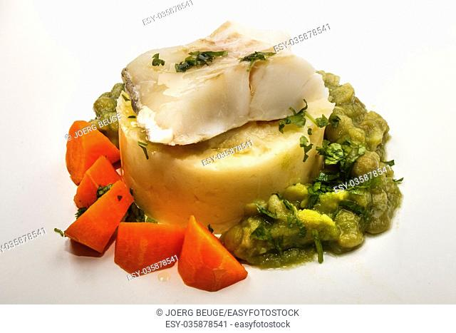 fine dinning, steamed cod with mashed potato, carrots and mushy pea