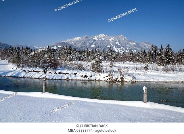 The Isar river near Fleck with Brauneck (mountain), Lenggries, Upper Bavaria, Bavaria, Germany