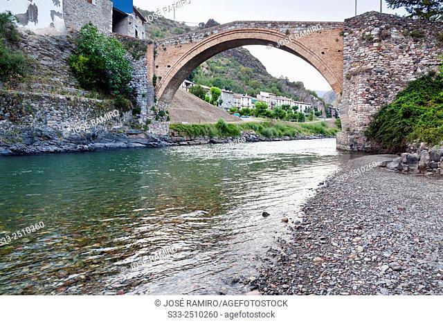 Bridge over Noguera Pallaresa river in Geri de la Sal. Lérida. Cataluña. Spain. Europe