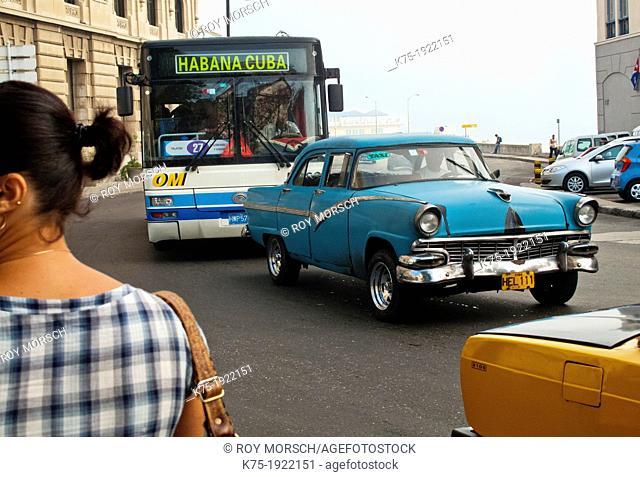 Traffic on the Malecon in Havana