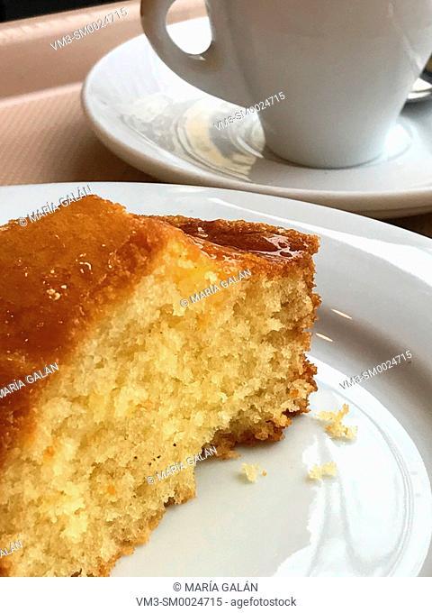 Piece of cake. Close view