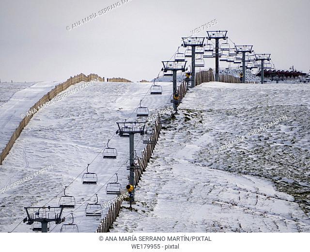 Chair lift on the La Covatilla ski slope (Bejar, Salamanca)