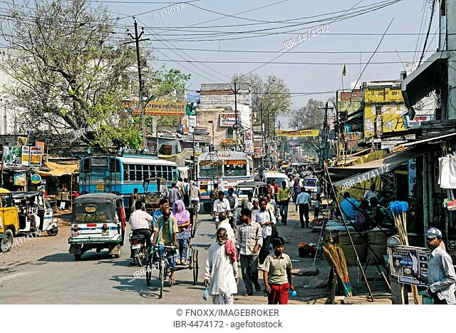 Chaotic traffic on street, Varanasi, Uttar Pradesh, India