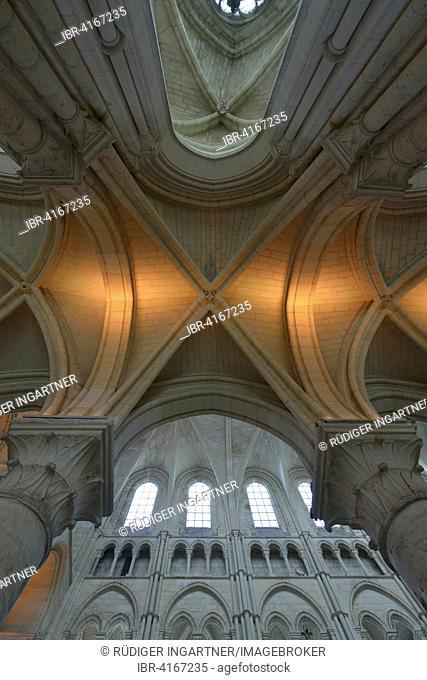 Aisle, Gothic ribbed vault, Cathedral of Laon, Laon, Département Aisne, France