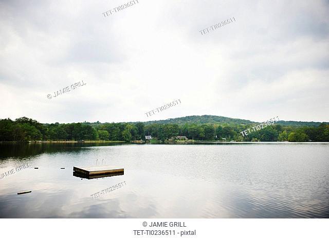 USA, New York, Putnam Valley, Roaring Brook Lake, Landscape