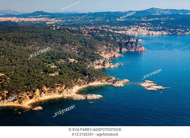 Islands Cap de Planes, Palafrugell, Castell-Cap Roig. Costa Brava