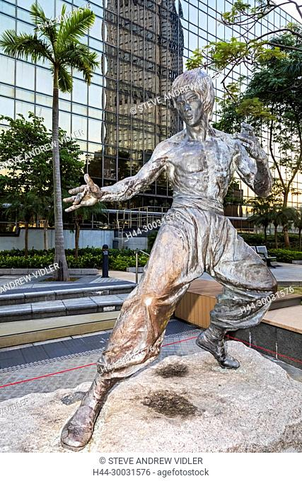 China, Hong Kong, Kowloon, Garden of Stars, Statue of Bruce Lee