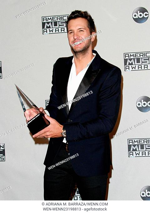 American Music Awards 2015 - Press Room held at Microsoft Theatre Featuring: Luke Bryan Where: Los Angeles, California, United States When: 22 Nov 2015 Credit:...