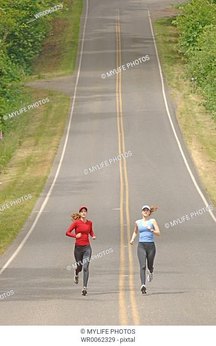 sisters running