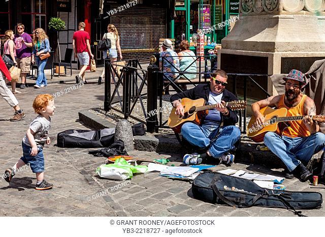 Street Entertainers, Canterbury, Kent, UK
