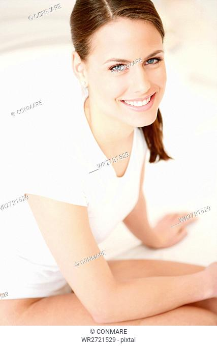 beauty care, young, woman, sitting, bed, face, adu