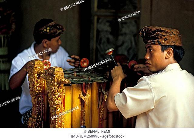 Indonesia, Bali, Gamelan players xylophone