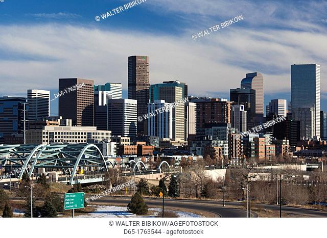 USA, Colorado, Denver, city view from the west, late afternoon
