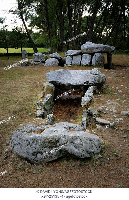 Neolithic dolmen burial chamber complex of Mane Kerioned. Brittany, France. The western passage grave behind the central dolmen