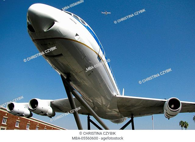 A Douglas DC-8 near the Air and Space Exhibits Gallery at Exposition Park, Los Angeles