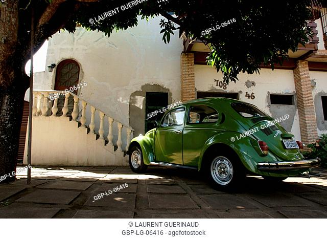 Houses, Volkswagen bug, South Wing, city, Distrito Federal, Brasília, Brazil