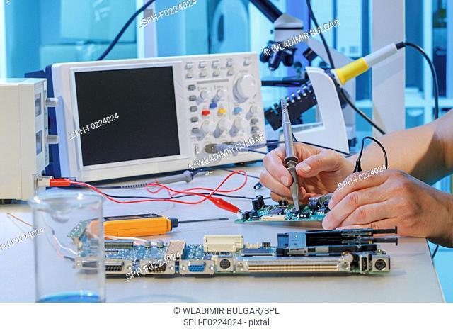 Repairing printed circuit board
