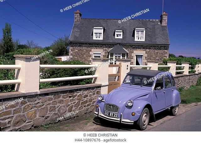 Renault, House, Paimpol, Brittany, France, Europe, 2CV, wall