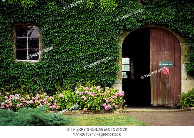 France, Meuse (55), village of Beaulieu en Argonne, Wine press in old abbey