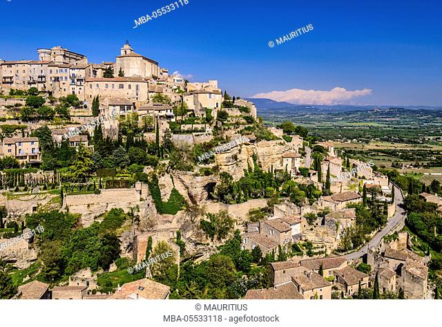 France, Provence, Vaucluse, Gordes, view of the village