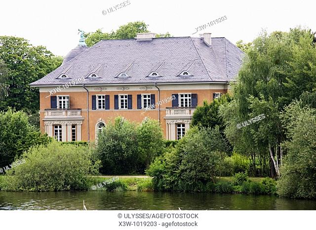 europe, germany, brandenburg, potsdam, villa kampfmeyer, at the time of the gdr from here the bridge was controlled and here were signed the documents about the...