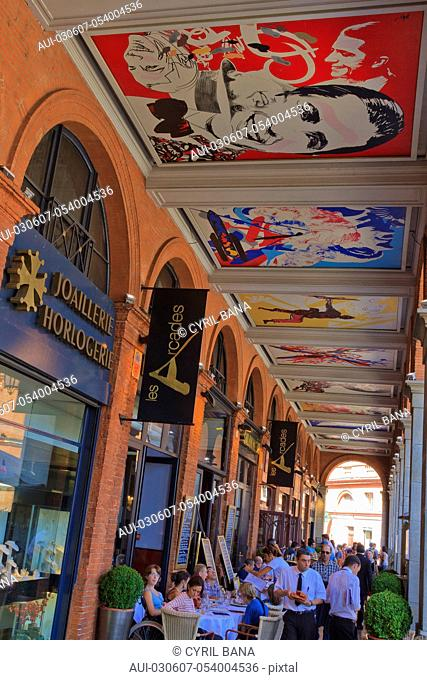France, Toulouse, Les arcades, ceiling, paintings