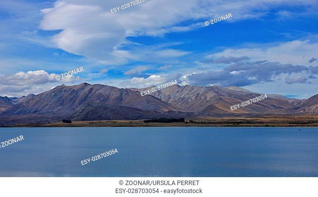 Lake Tekapo and Two Thumb range