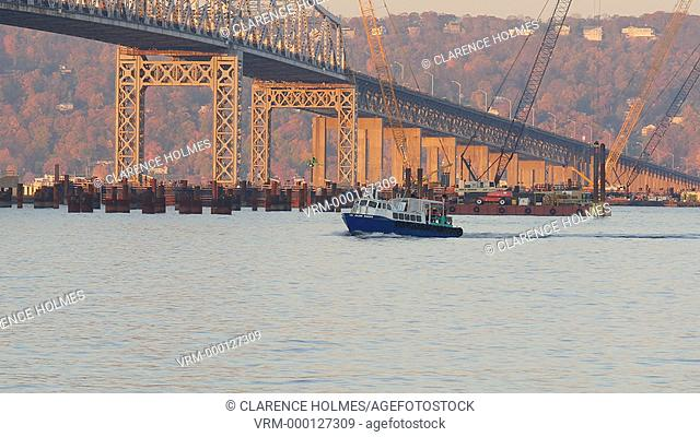 TARRYTOWN, NY - NOVEMBER 11:  A shuttle boat carrying construction workers for the new Tappan Zee Bridge heads for Westchester County on the Hudson River...
