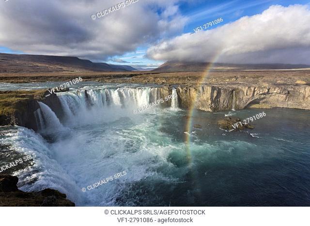 Europe, Iceland,Region Nordurland eystra, Godafoss waterfall