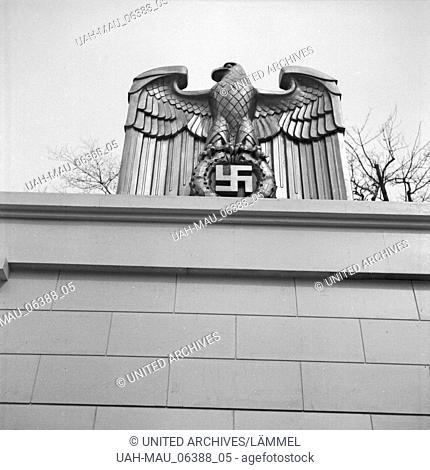Baustelle rund um die Siegessäule in Berlin, Deutschland 1930er Jahre. Construction area around the Berlin Siegessaeule, Germany 1930s