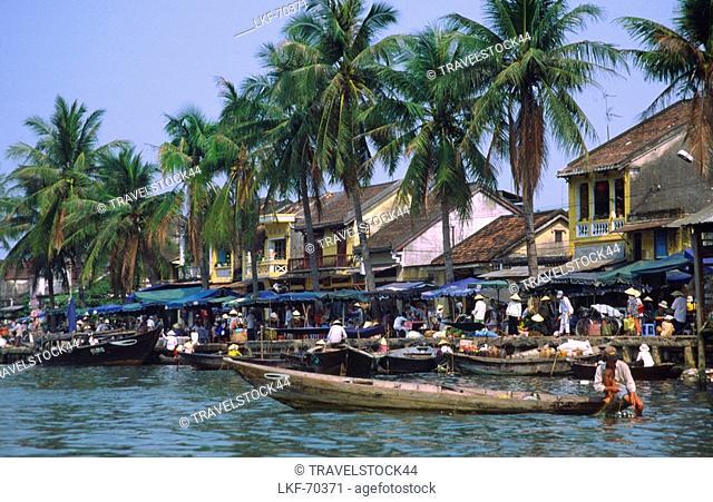 Boats of floating market, Hoi An, Vietnam