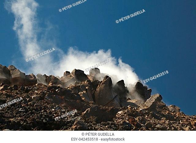 Volcanic activity on Mount Ngauruhoe