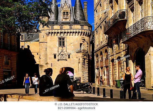 Porte Cailhau, a medieval gate of the old city walls, Bordeaux, Gironde, Aquitaine, France