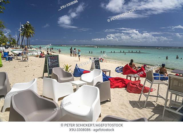 Strandbar in Sainte-Anne, Guadeloupe, Frankreich |