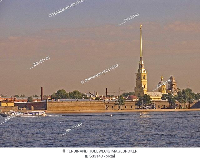 White Nights, GUS Russia St. Petersburg 300 years old Venice of the North Peter and Paul Fortress on Rabbits Island founded by Peter the Great 1703 at the River...