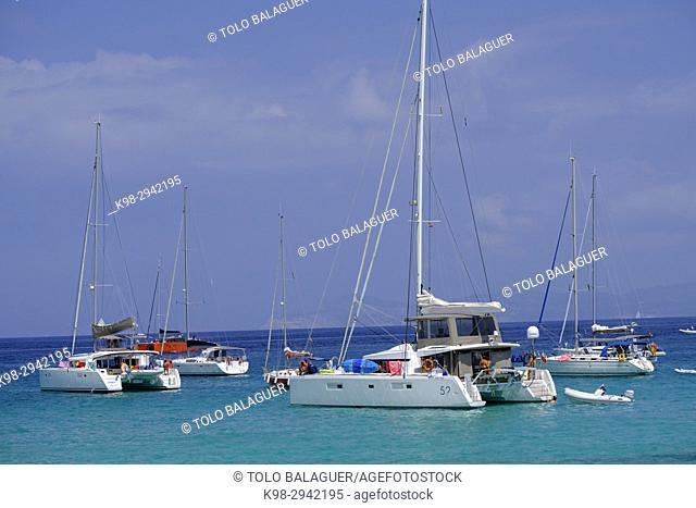 Boats beside Sa Sequi, Sa Savina , Parque natural de ses Salines de Ibiza y Formentera, Formentera, Balearic Islands, Spain
