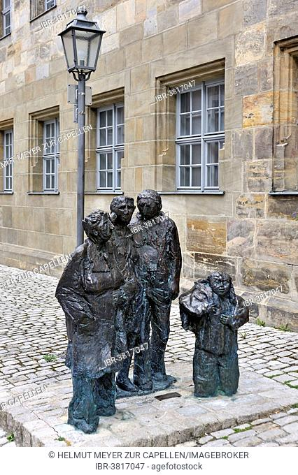 Group of Figures Am Treffpunkt or meeting place by Erika Maria Lankes, 2001, Kirchplatz, Bayreuth, Bavaria, Germany