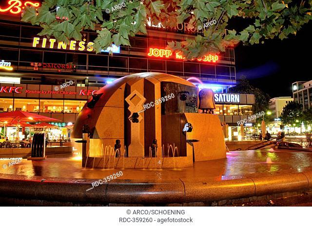Fountain Globe, Schmettau Fountain, Wasserklops, Breitscheidplatz, Charlottenburg, Charlottenburg-Wilmersdorf, Berlin, Germany / Weltkugelbrunnen