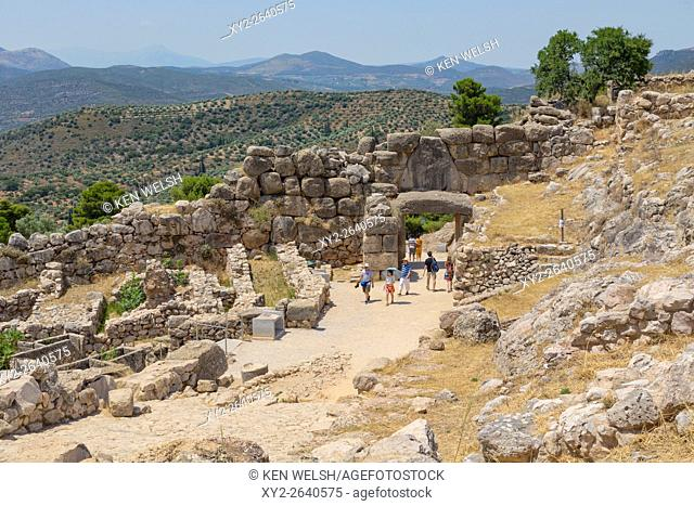 Mycenae, Argolis, Peloponnese, Greece. The Lion Gate, dating from the 13th century BC, set into the Cyclopean walls. It was the main entrance to the citadel of...