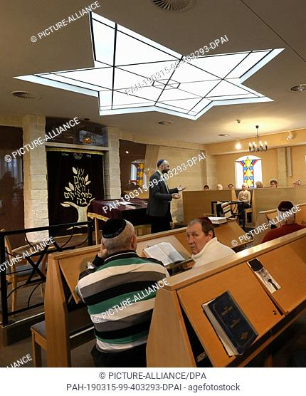 15 March 2019, Mecklenburg-Western Pomerania, Rostock: In the Jewish Community Centre, participants gathered for a public synagogue service during the...