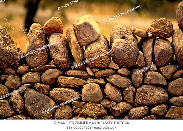 Ireland series in detail. Limitation of loose rock stone