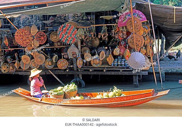 Floating market, Damnoen saduak, Thailand